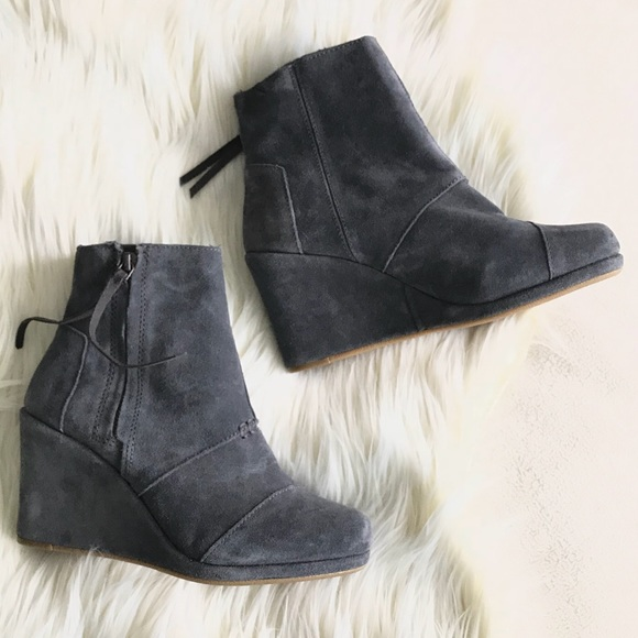 ae57208ce49a TOMS BRAND NEW Grey suede wedge ankle boots